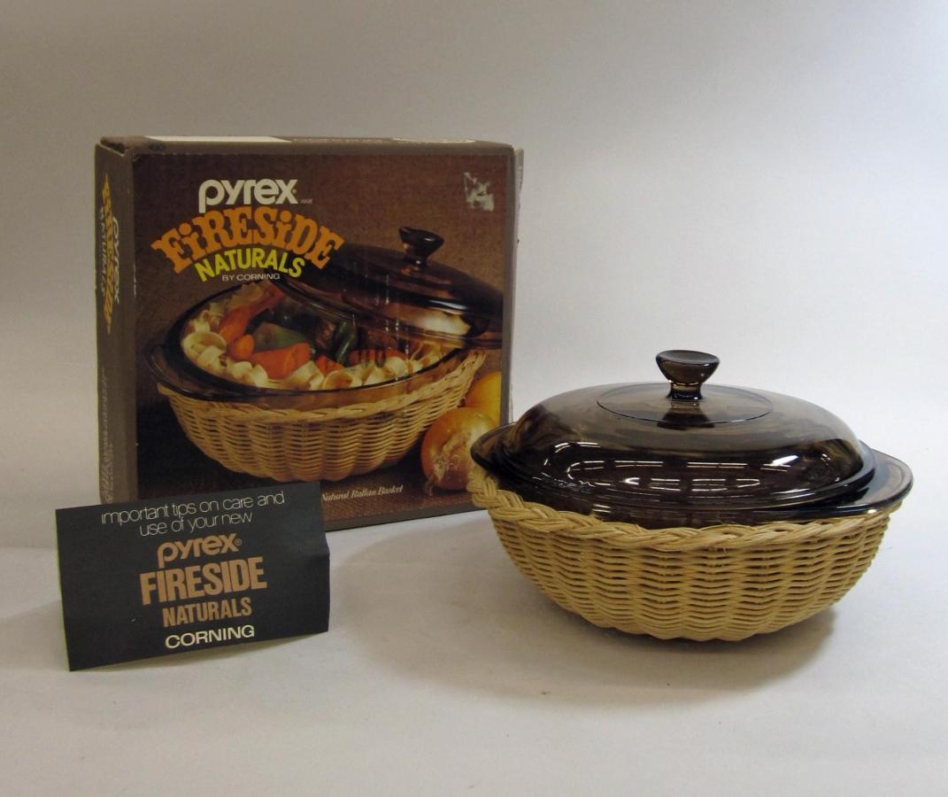 Pyrex Fireside Naturals 1.5 Liter Casserole in Original Box