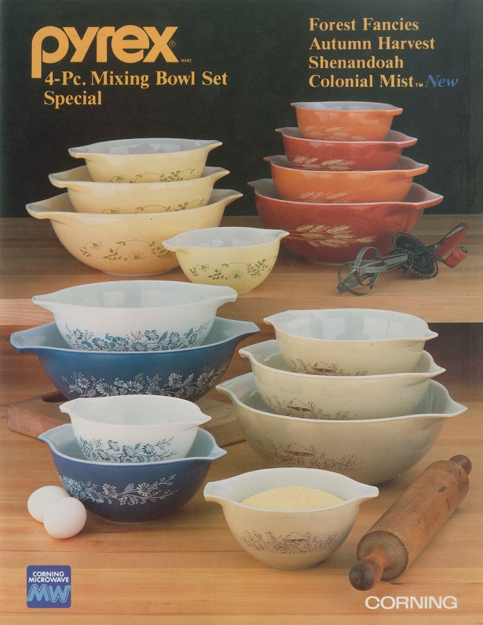 Pyrex Ware 4-pc. mixing bowl set special