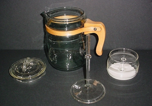 Pyrex Flameware 6-cup Percolator with Wooden Handle