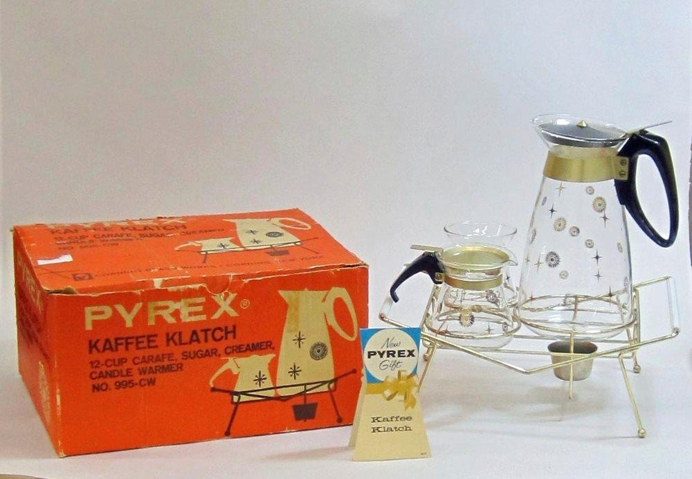 Pyrex Kaffee Klatch in Original Box