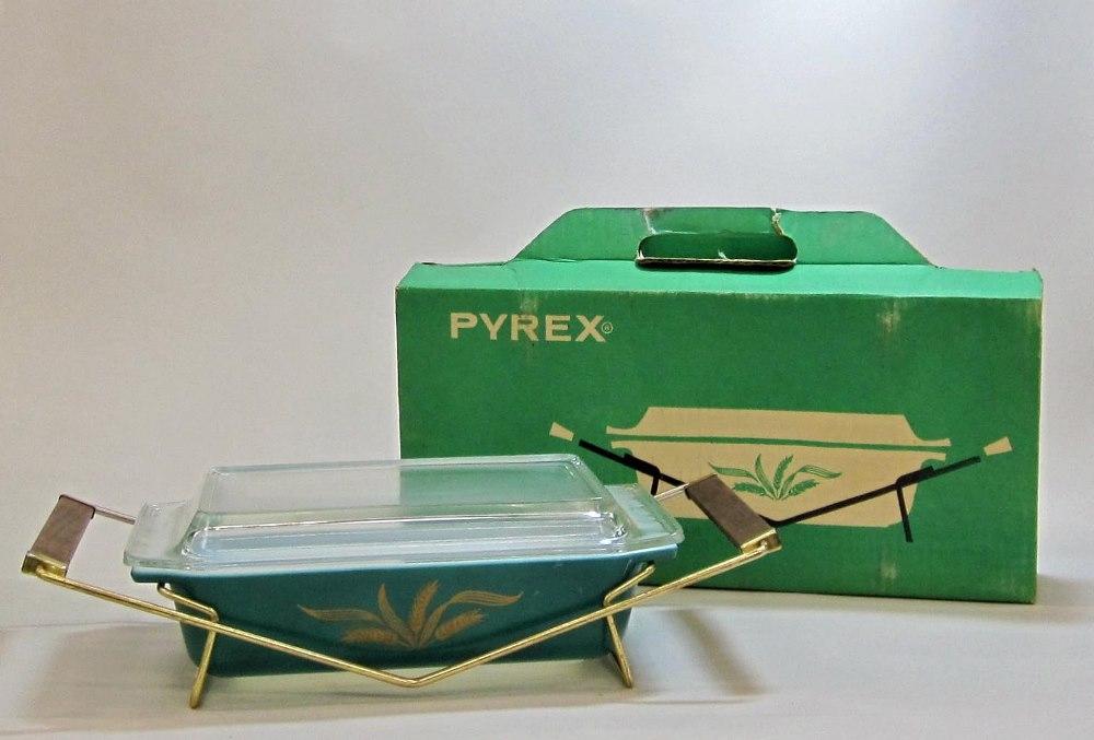 "Pyrex ""Green Wheat"" 2 Quart Casserole with Cradle in Original Box"