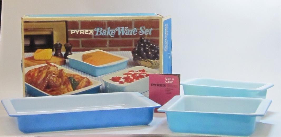 Pyrex Bake Ware Set in Original Box
