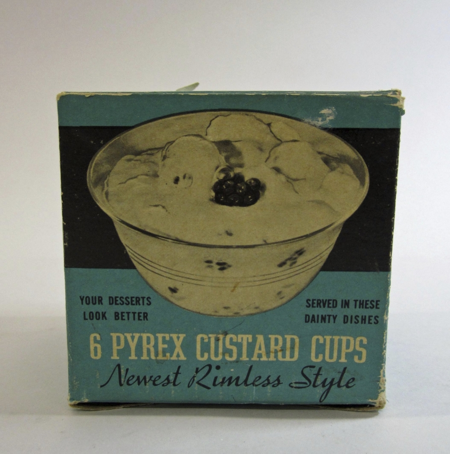 Pyrex Set of 6 Custard Cups in Original Box
