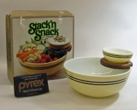 Pyrex Stack 'n Snack in Original Box