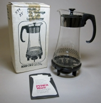 Pyrex 8 Cup Beverage Server with Candle Warmer
